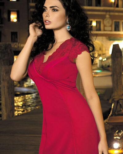 Красные женские сорочки